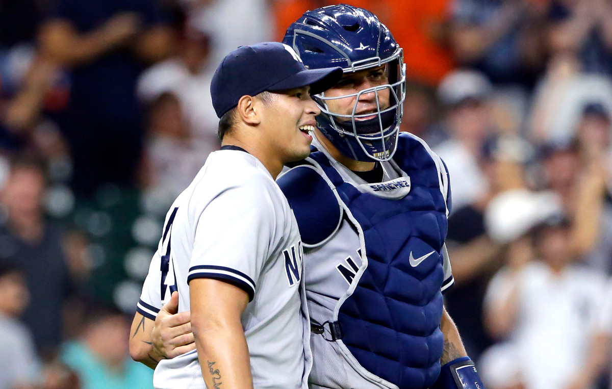 Yankees' Jonathan Loaisiga placed on COVID-19 injured list 1