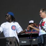 Lightfoot takes Lollapalooza stage: 'Thank you for masking up and vaxing up' 5