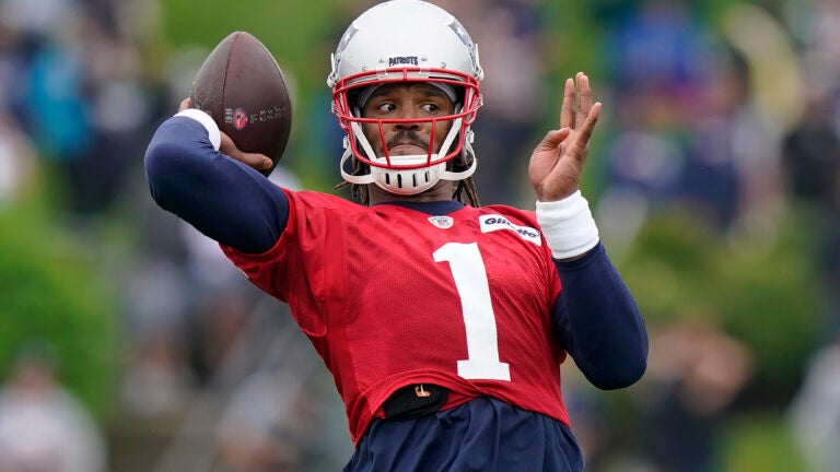 Takeaways from Day 1 of Patriots training camp, including a 'meh' QB competition 1