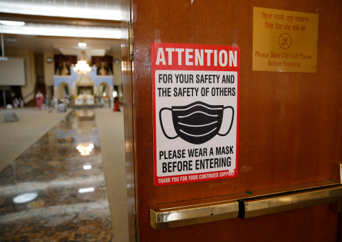 California recommends masks for all indoors amid COVID surge 1