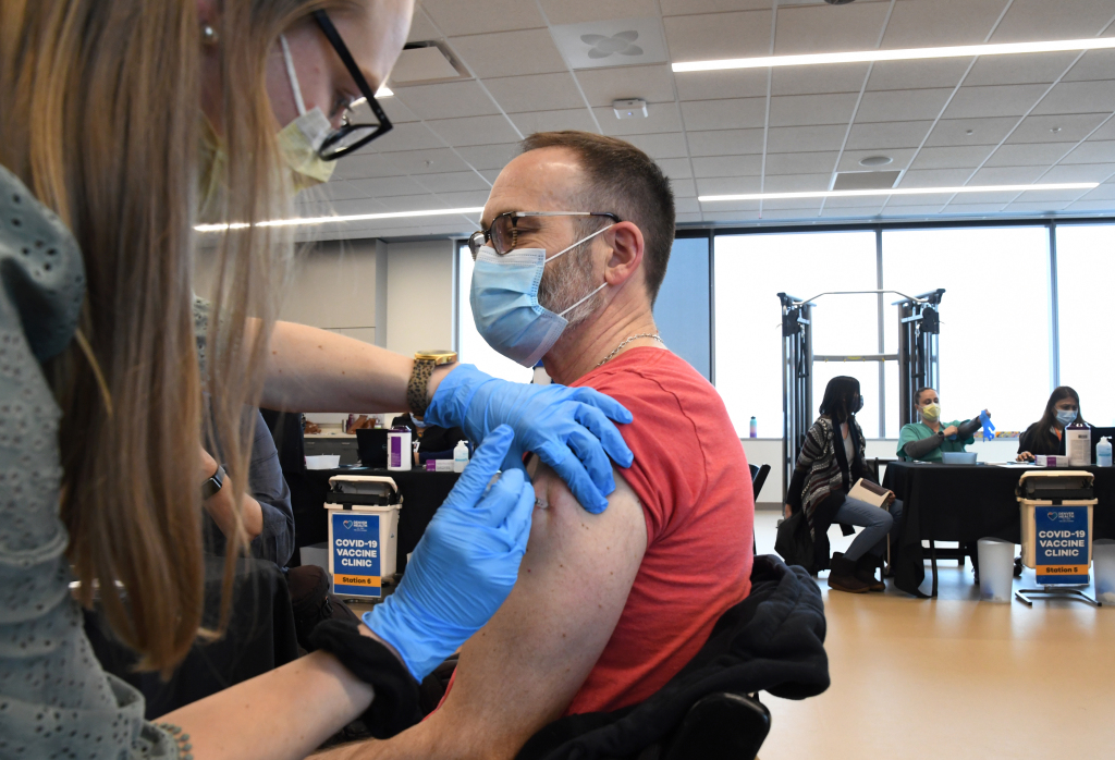 Nearly 200,000 Coloradans have skipped their 2nd COVID-19 vaccine dose 1