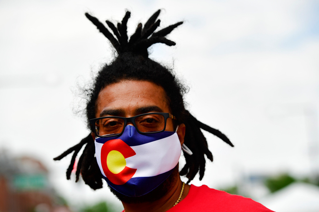 Colorado stays course as mask policies are revisited amid rapid spread of delta variant 1