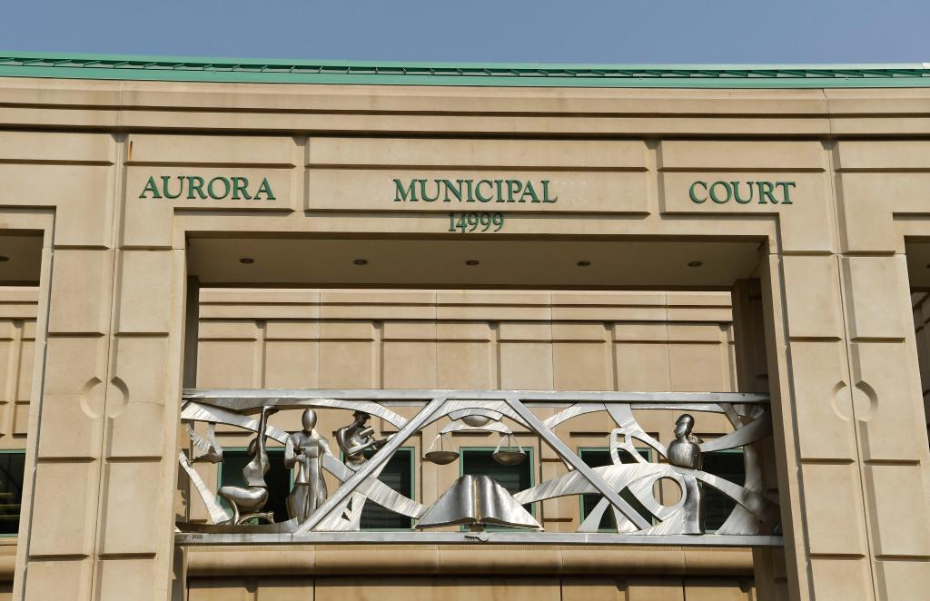World War II-era grenades cause lockdown at Aurora courthouse 1