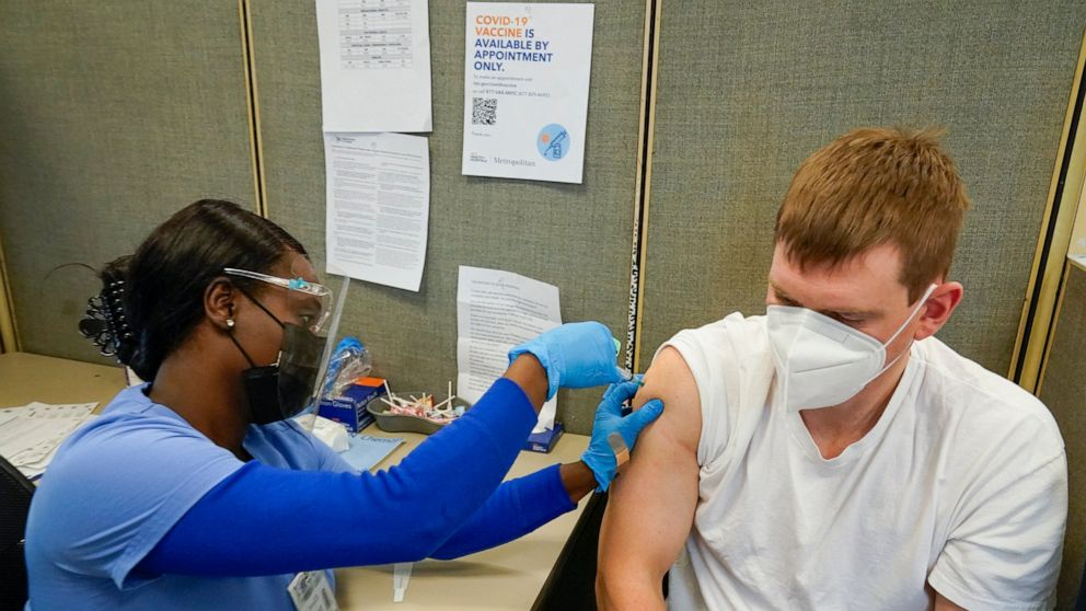 States race to use COVID-19 vaccines before they expire 1