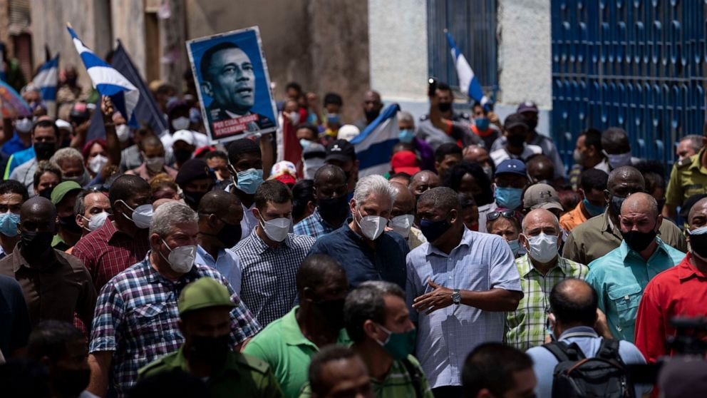 Demonstrators in Havana protest shortages, rising prices 1