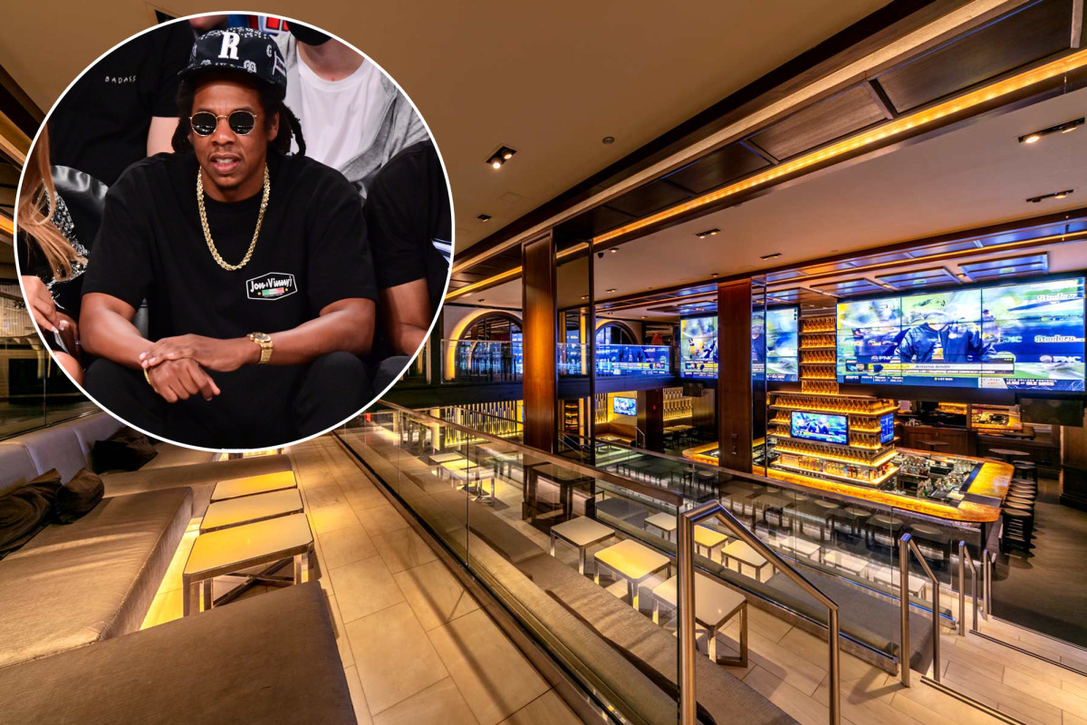 Jay-Z is looking to hire 100 staffers at his reopened 40/40 Club 1