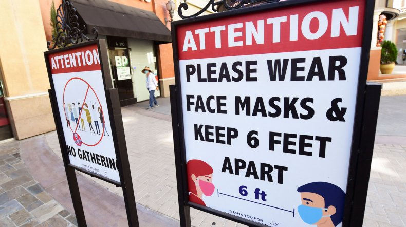 Smithsonian, Disney World Now Requiring Masks Following CDC Guidelines 1
