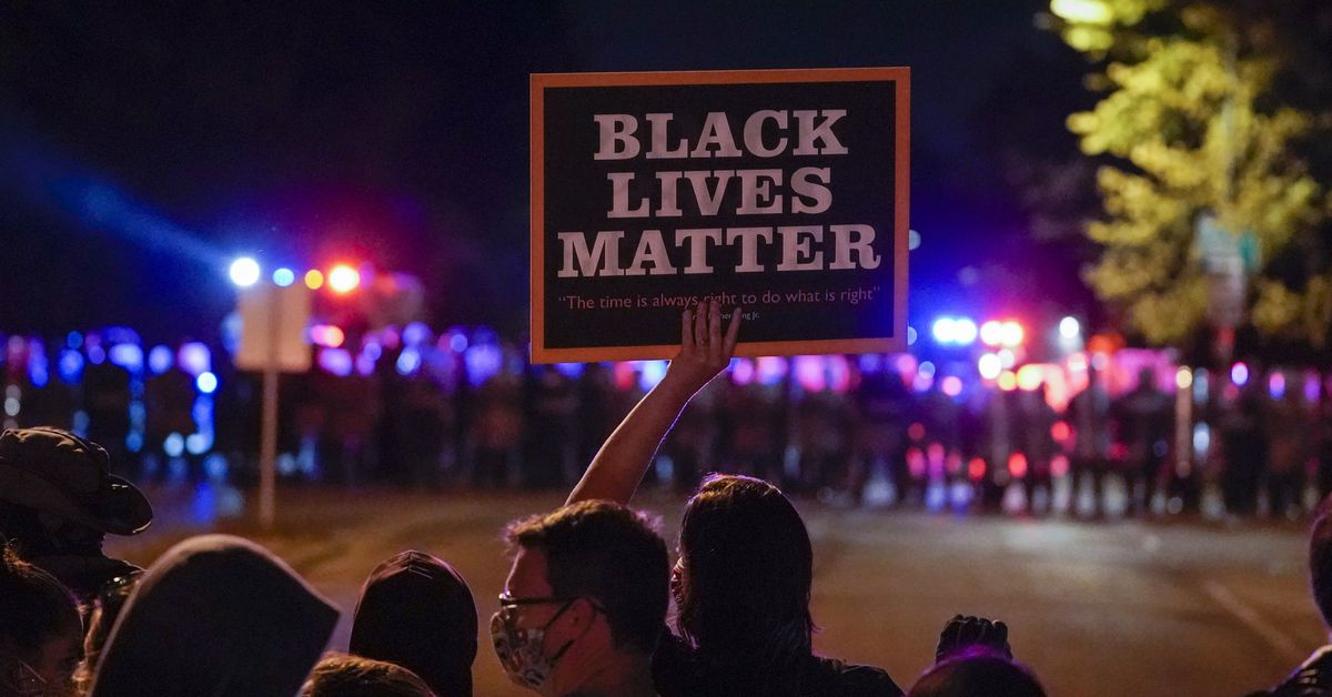 Wisconsin officer charged in 2016 slaying of Black man 1