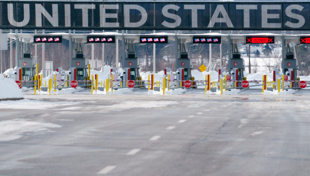 Canada border guards vote to strike days ahead of border opening 1