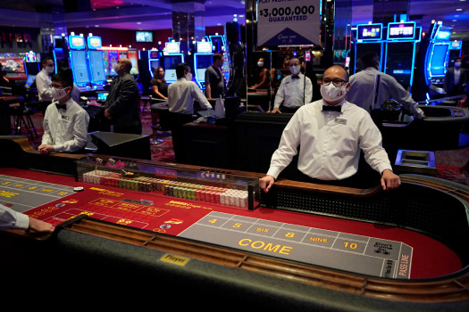 Nevada reinstates mask rule for most of state, including Las Vegas, Reno, Tahoe 1