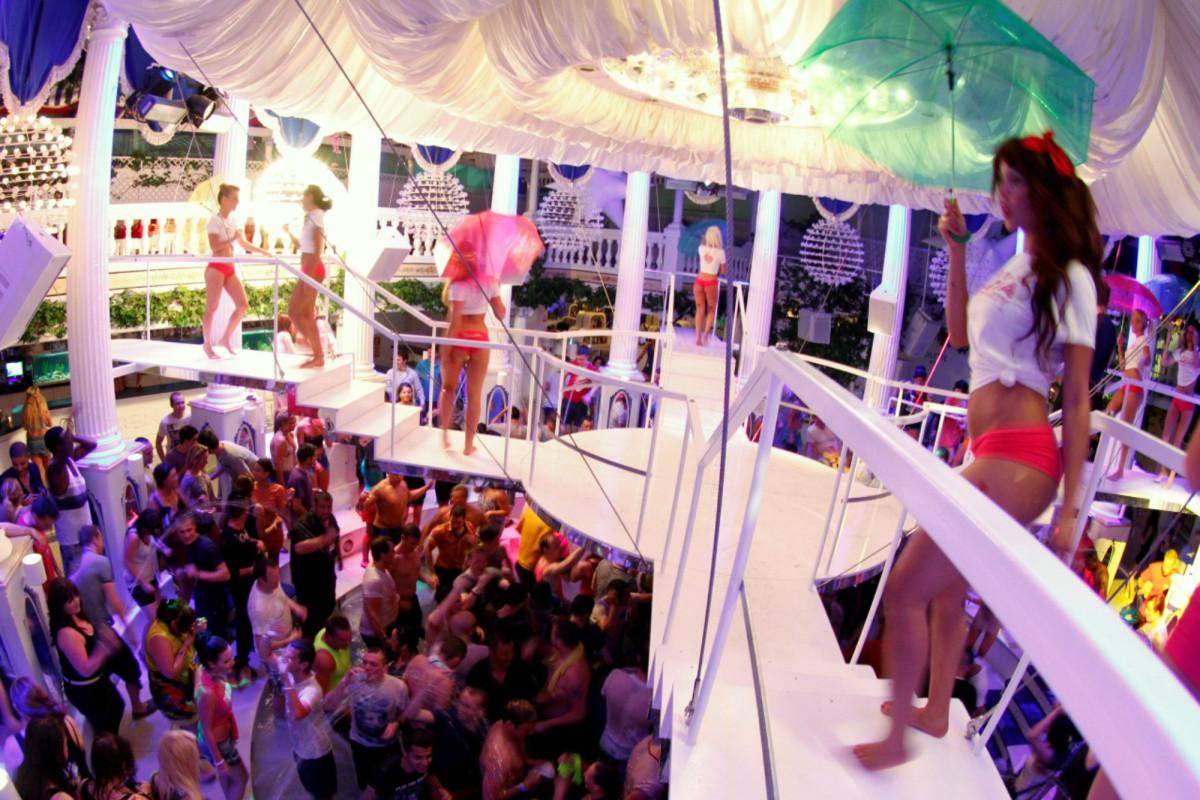 Ibiza seeks detectives to crash parties as COVID-19 surges 1