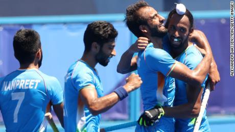 Indian men's hockey team dedicates Olympic bronze medal to doctors, Covid-19 frontline 'warriors' 1