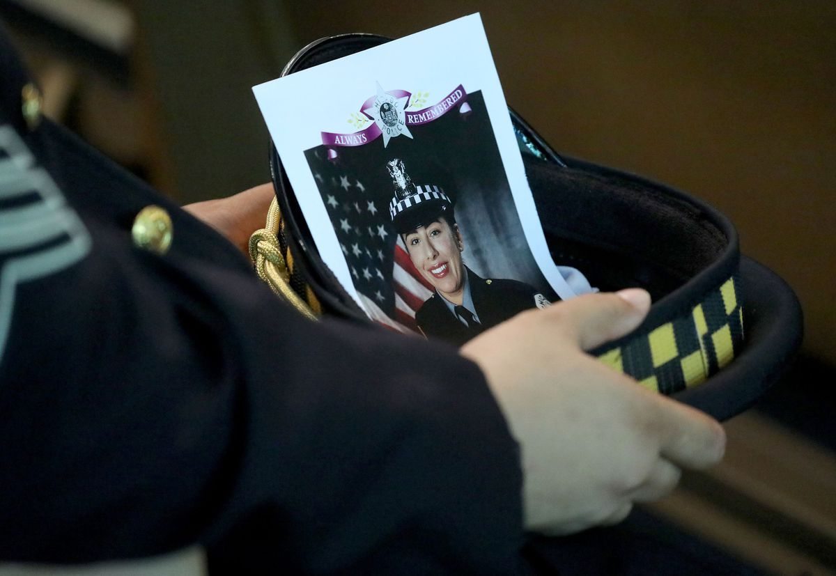 Mother of slain Chicago police Officer Ella French writes thank you letter on what would have been daughter's 30th birthday 1