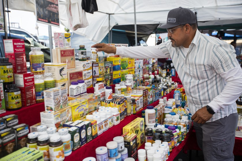 L.A. City College swap meet, on the brink of closure, will stay open 1