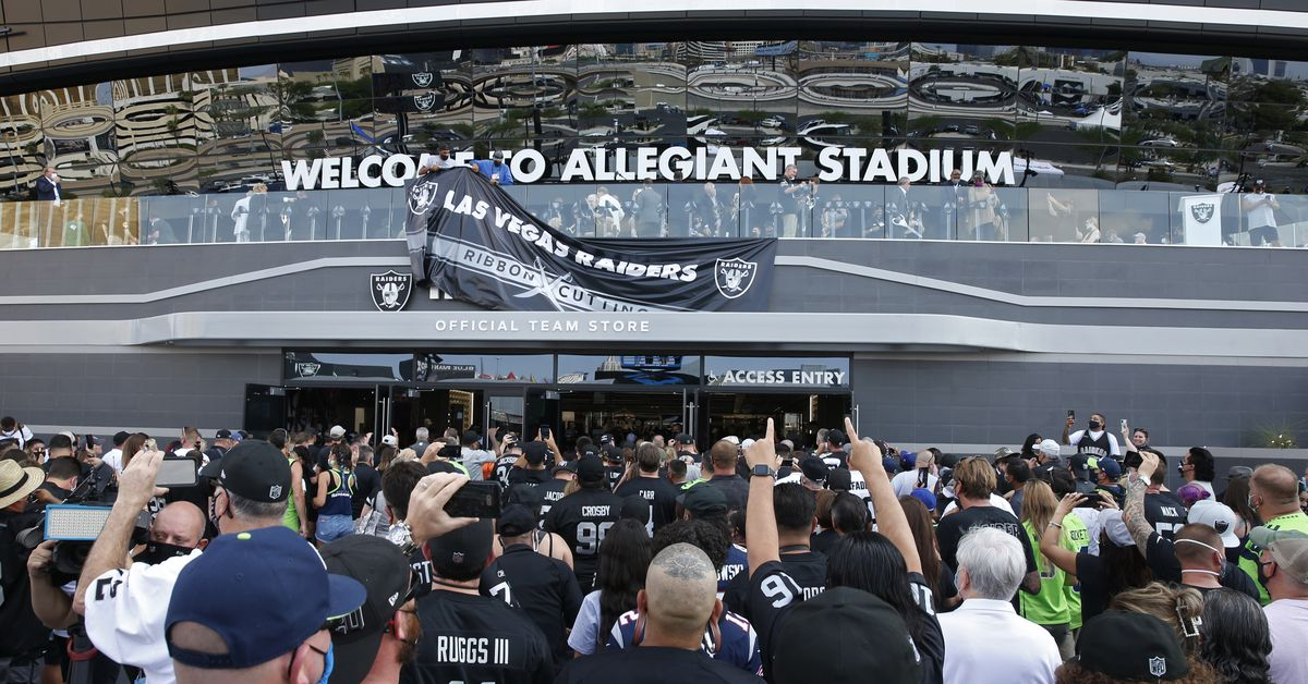 Raiders become first NFL team to require fans to show proof of COVID-19 vaccination 1