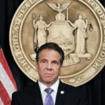 Cuomo files retirement paperwork with comptroller's office as Hochul sits down with de Blasio 7