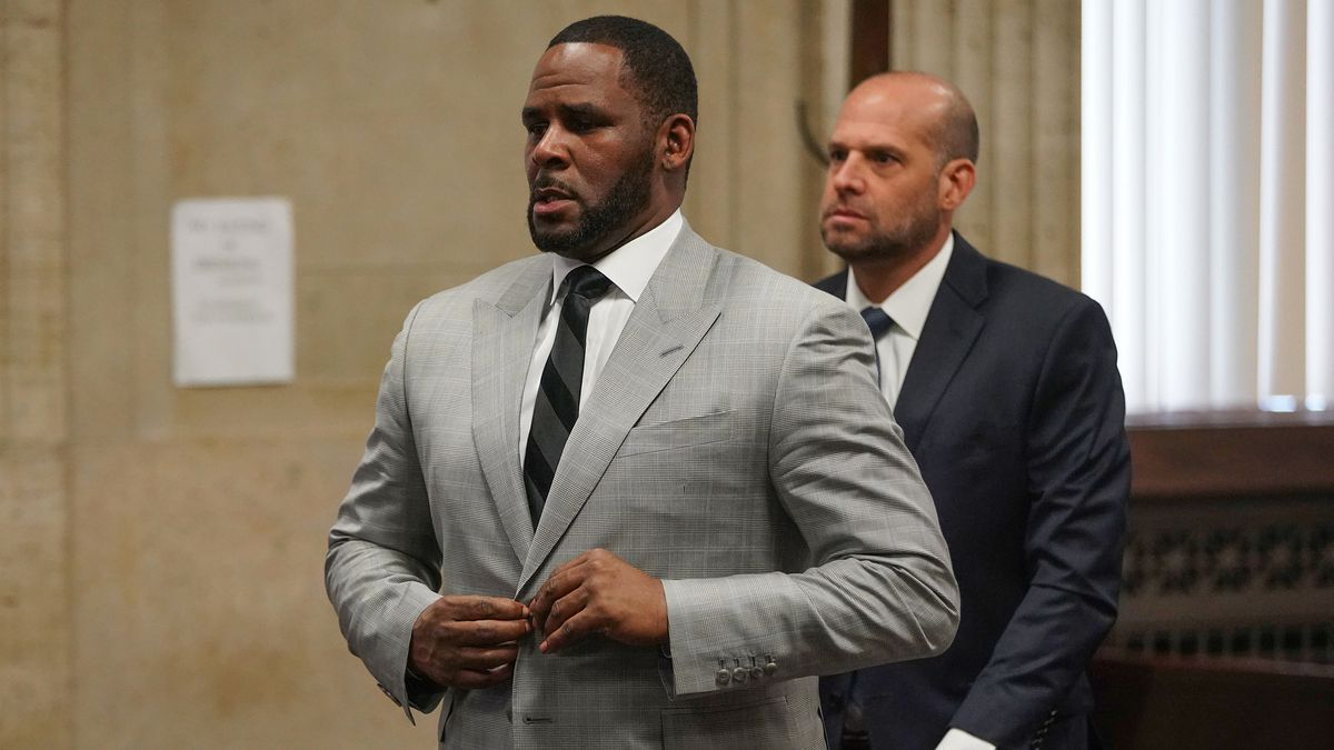 R Kelly's federal conspiracy trial in New York set to get underway with opening statements Wednesday 1