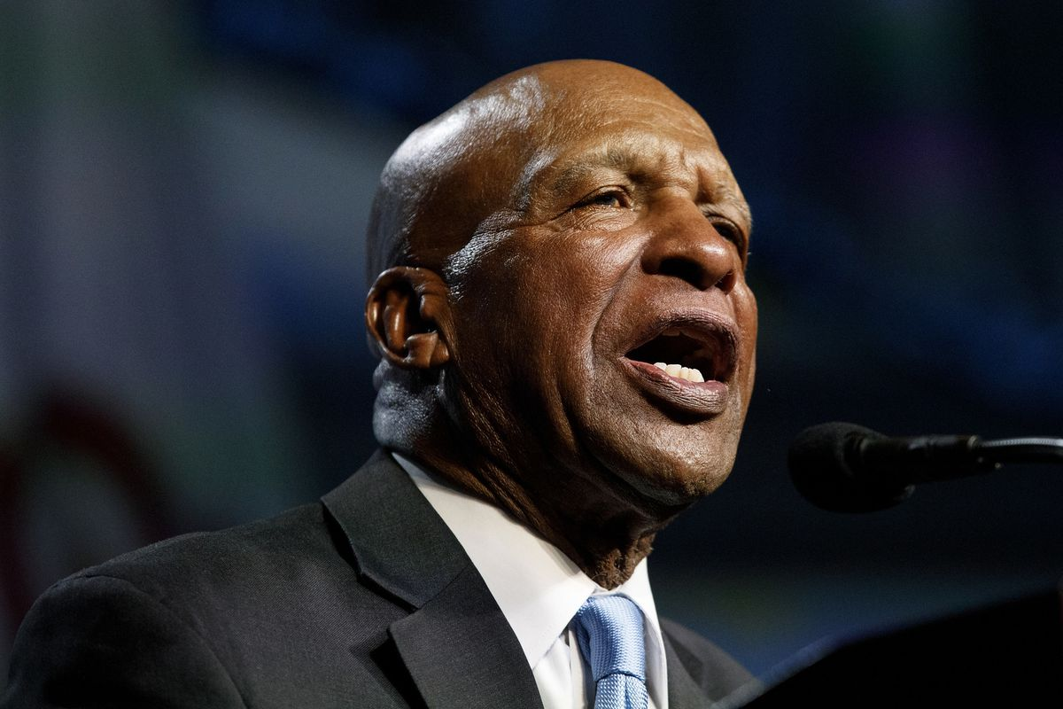 Secretary of State Jesse White tells employees to get vaccinated or undergo regular COVID-19 testing as daily cases top 3,000 1