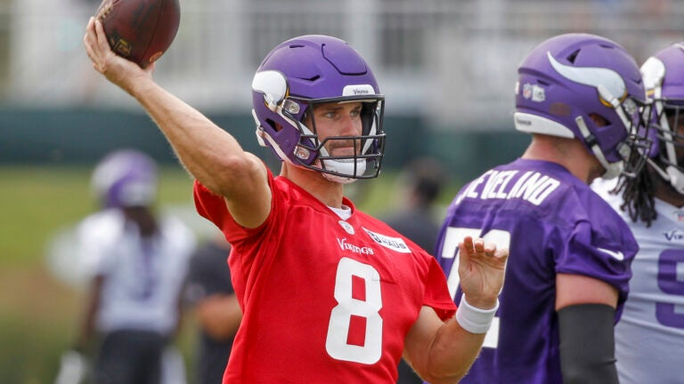 Cousins returns to Vikings quarterback room after quarantine 1