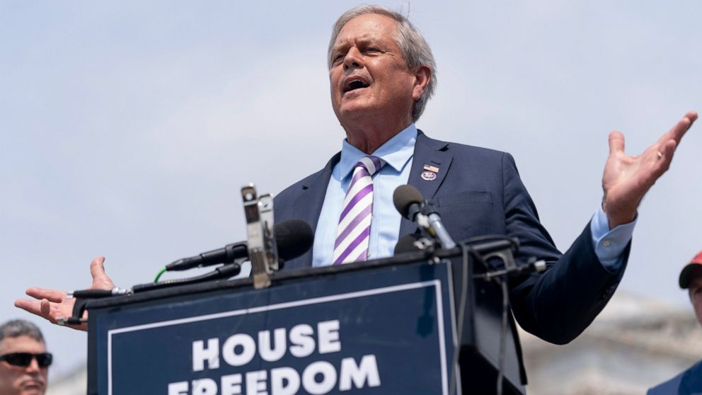 House lawmaker suing Pelosi over mask rule says he has COVID 1