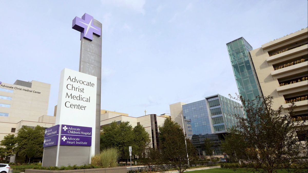 Advocate Aurora hospital system mandating COVID-19 vaccines for its 75,000 workers 1