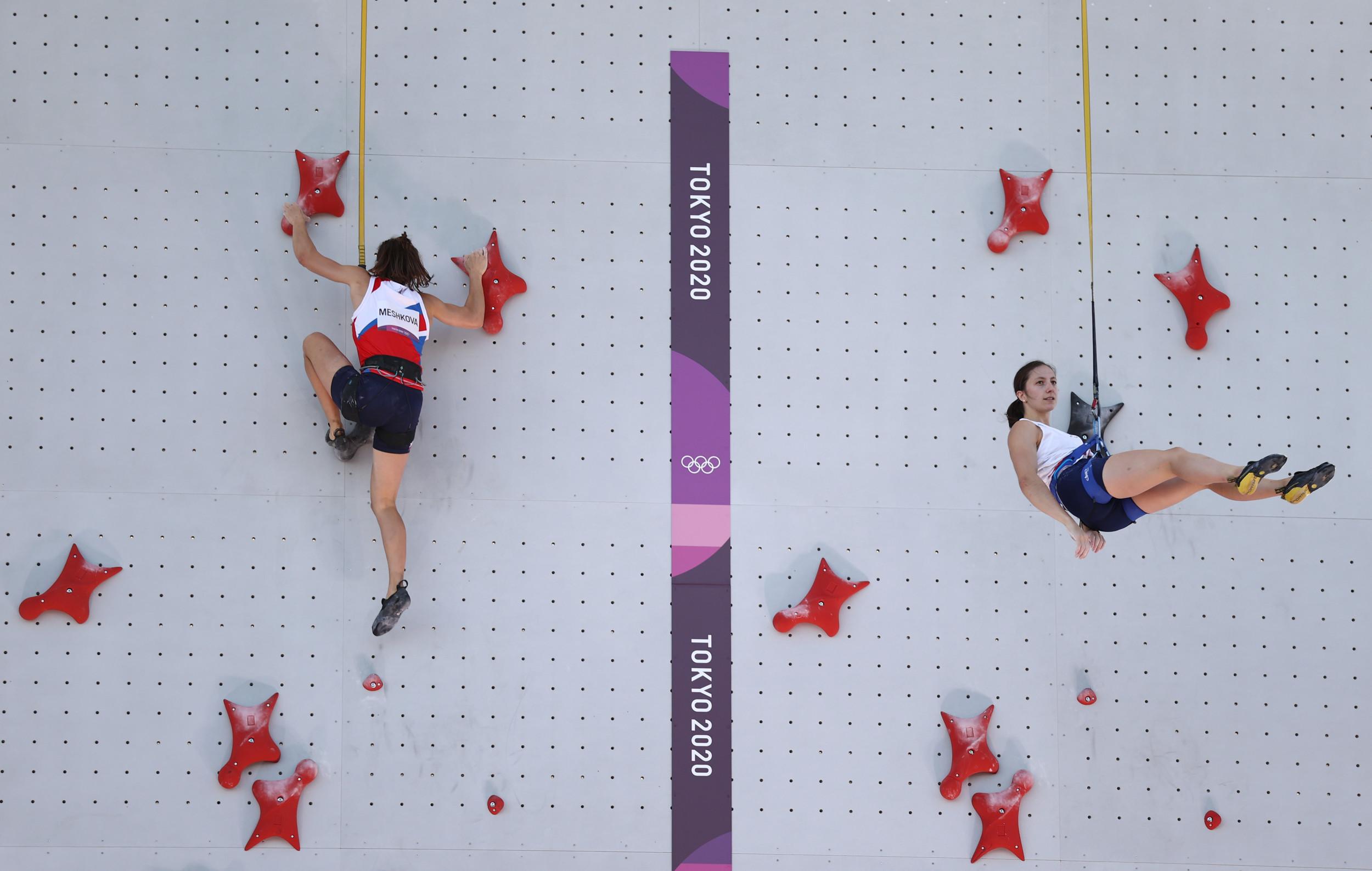 Tokyo 2020 Live Updates: Team USA Sets 400m Hurdles Record, Great Britain Gets Sailing Gold Despite Protest 1