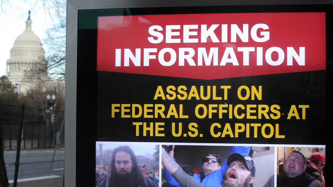 The FBI Keeps Using Clues From Volunteer Sleuths To Find The Jan. 6 Capitol Rioters 1