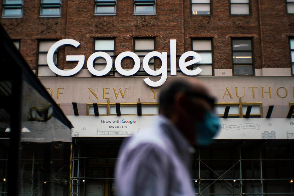 Google delays return to office until 2022 amid coronavirus surge 1