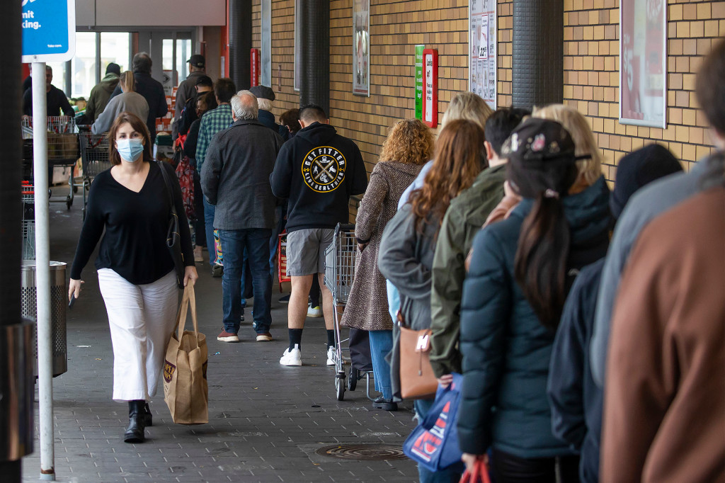 New Zealand goes into lockdown over first COVID-19 infection in 6 months 1