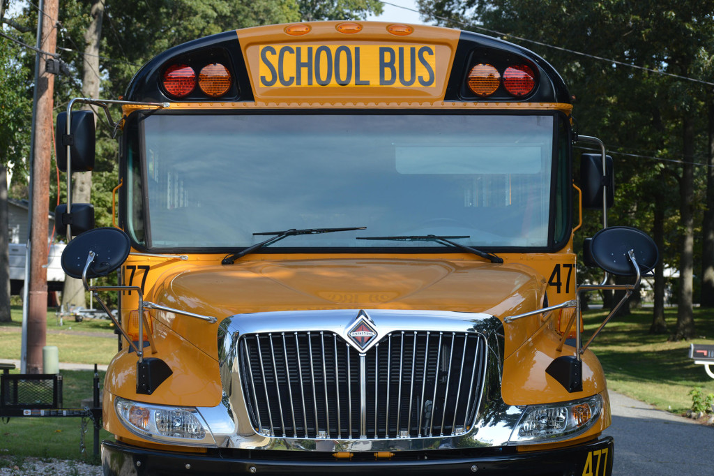 Schools paying parents to drive their own children due to shortage of bus drivers 1