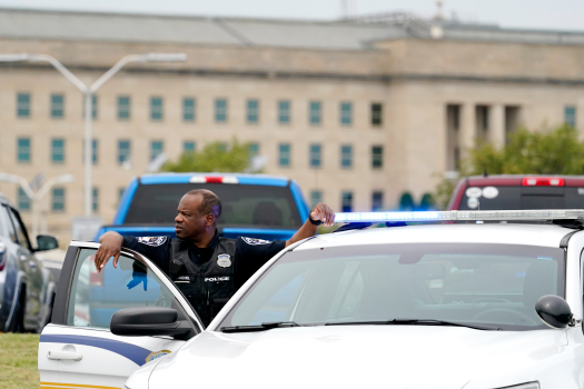 Man who killed Pentagon officer had troubled past, officials say 1