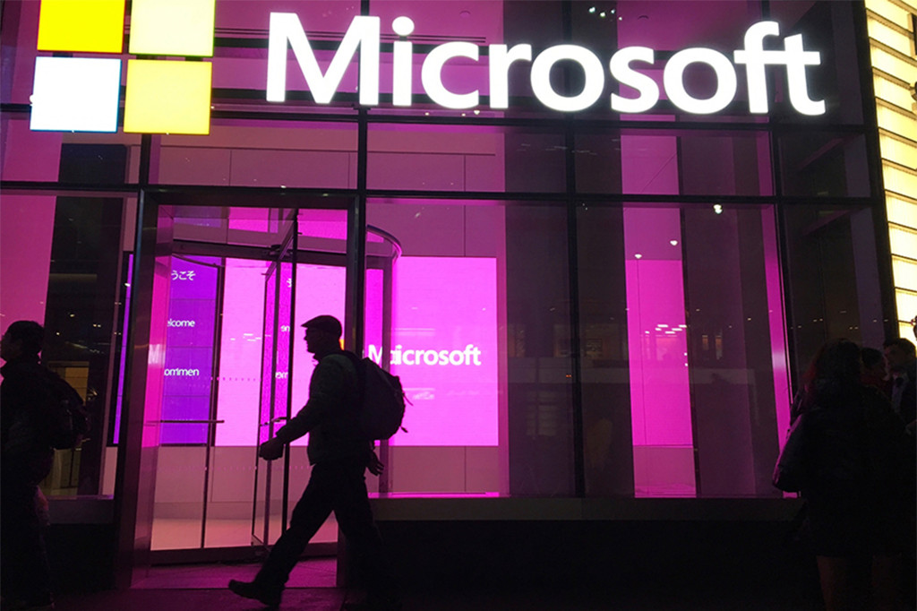 Microsoft calls off US return to office, won't set new date due to COVID concerns 1