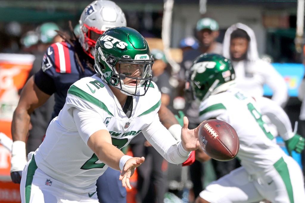 Zach Wilson throws four interceptions in ugly Jets loss to Patriots 1