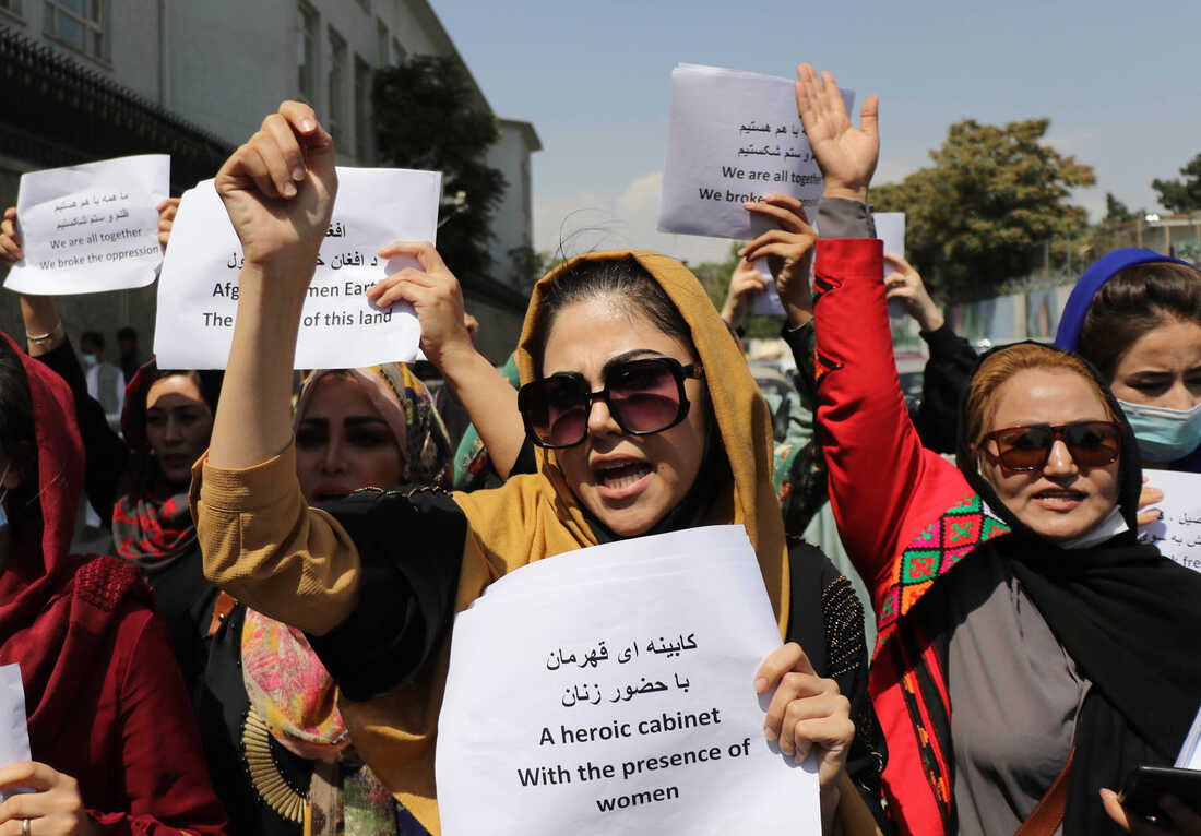 Photos: Afghan Women Are Protesting For Their Rights 1