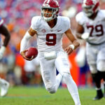 Alabama Barely Edges Out Florida in SEC Opener 6