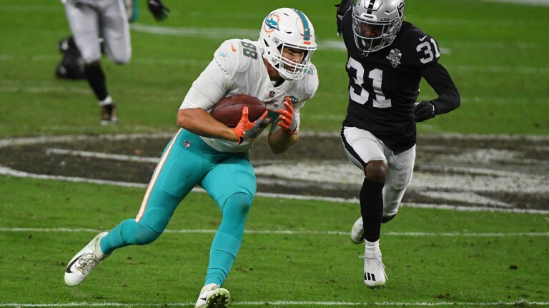 4 Dolphins to watch against the Patriots in Week 1 1
