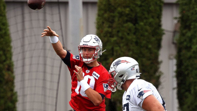 Josh McDaniels explains how Mac Jones won Patriots QB competition 1