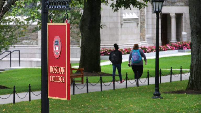 Boston College faculty question decision not to require masks in classrooms 1