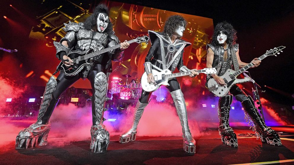KISS postpones 4 more shows after Gene Simmons tests positive for COVID-19 1