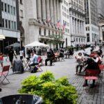 Latte sales soar in downtown Manhattan as Wall Street reopens: data 17