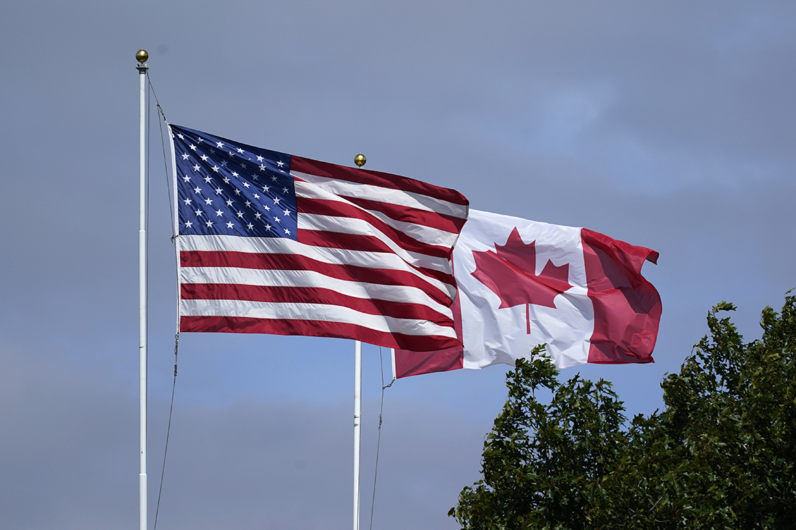 U.S. to reopen its land border to Canadians next month 1