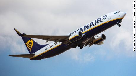 Ryanair bans customers who claimed credit card refunds for flights they missed because of lockdown 1