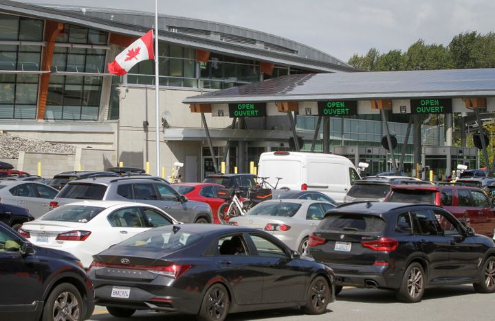 U.S. To Reopen Canada, Mexico Borders To Fully Vaccinated Travelers 1