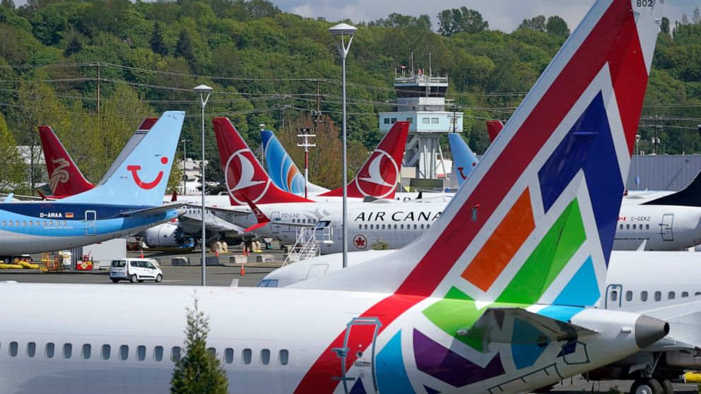 Boeing tells workers they must get COVID-19 vaccine 3