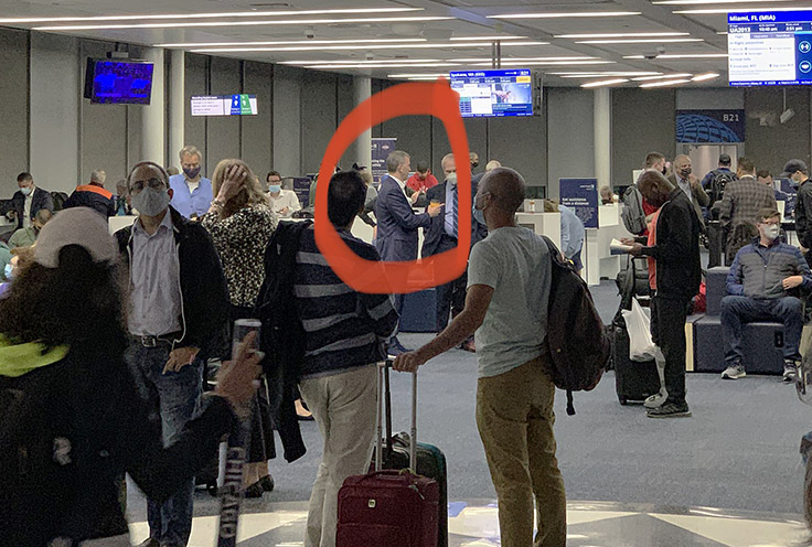 SPOTTED: Illinois Dem Sean Casten at Chicago Airport WITHOUT A MASK 1